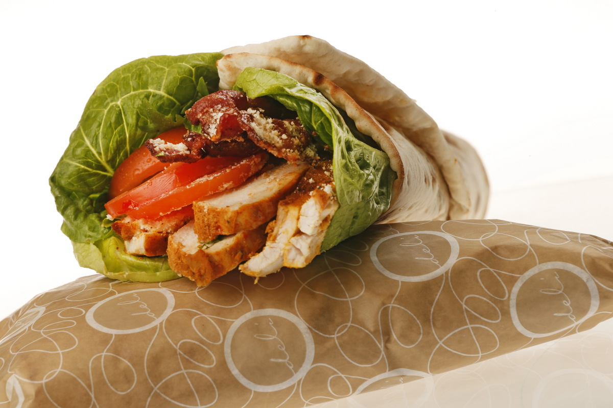 CEASAR'S CHICKEN & BACON WRAP (VL)