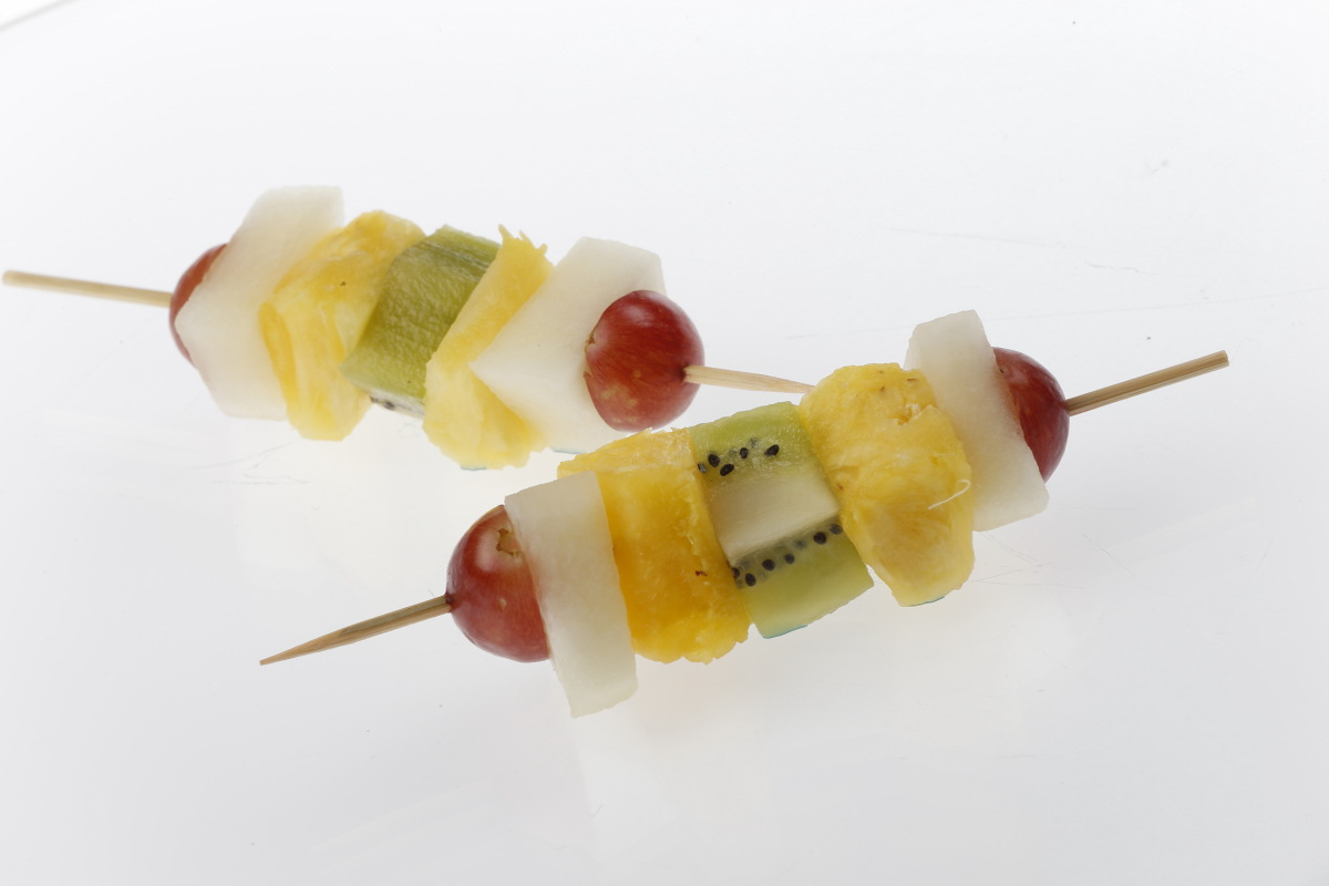 MINI FRUIT SKEWER